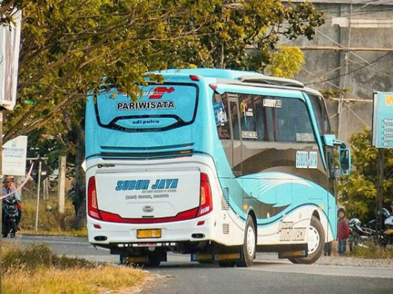 jasabuspariwisata-subur-jaya-9