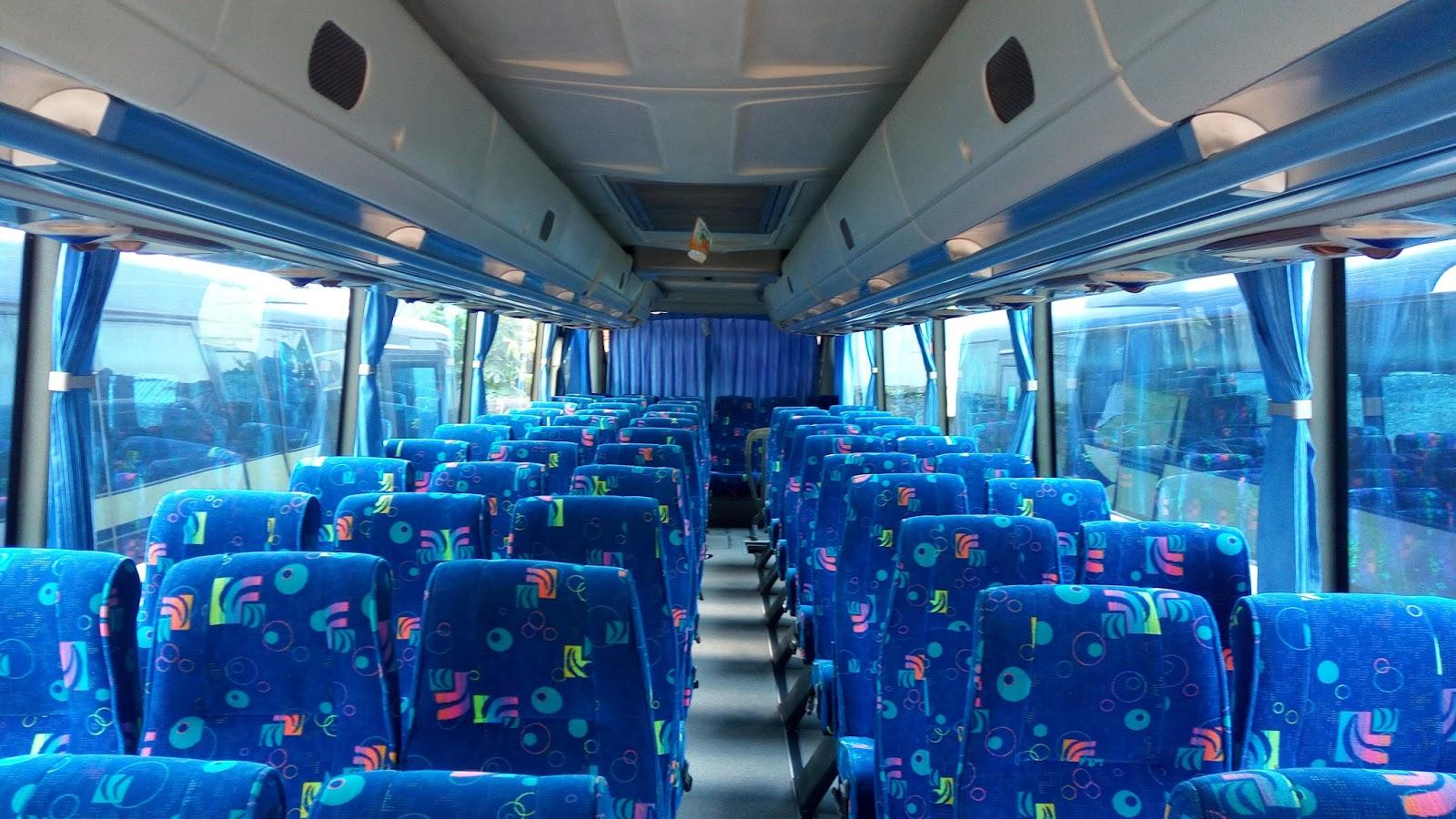 Fasilitas standar bus berkelas - Alasan Memilih Blue Star sebagai Bus Perjalanan Anda