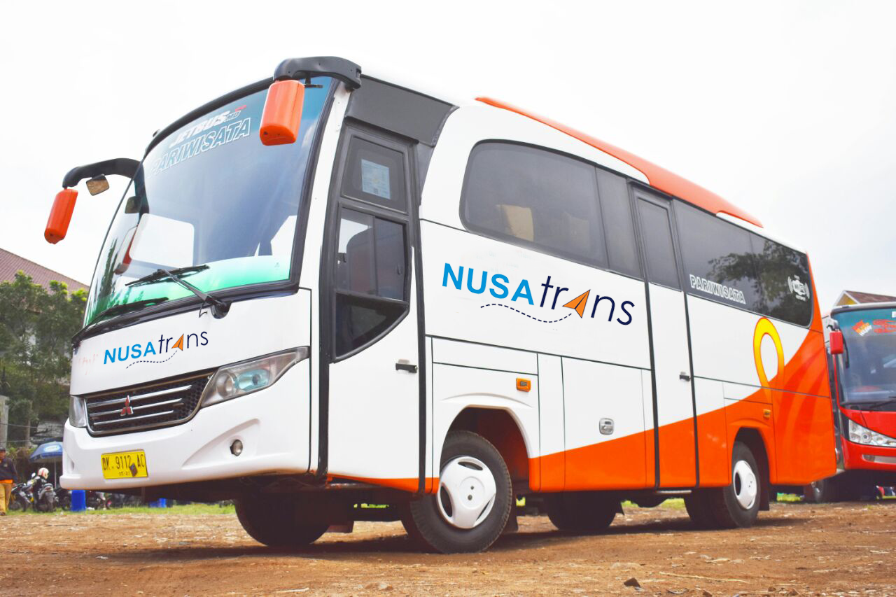 Medium Bus - Mengenal Tipe dan Jenis Bus Pariwisata dari Berbagai Otobus di Indonesia