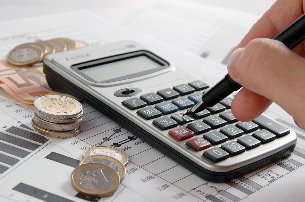 Biaya dan Skema Pembayaran - Cari Sewa Bus Pariwisata Murah? Di Sini Solusinya!