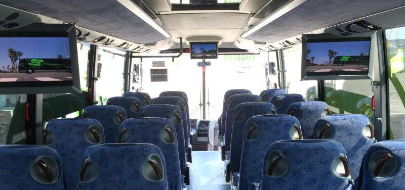 Fasilitas yang Didapat - Cari Sewa Bus Pariwisata Murah? Di Sini Solusinya!