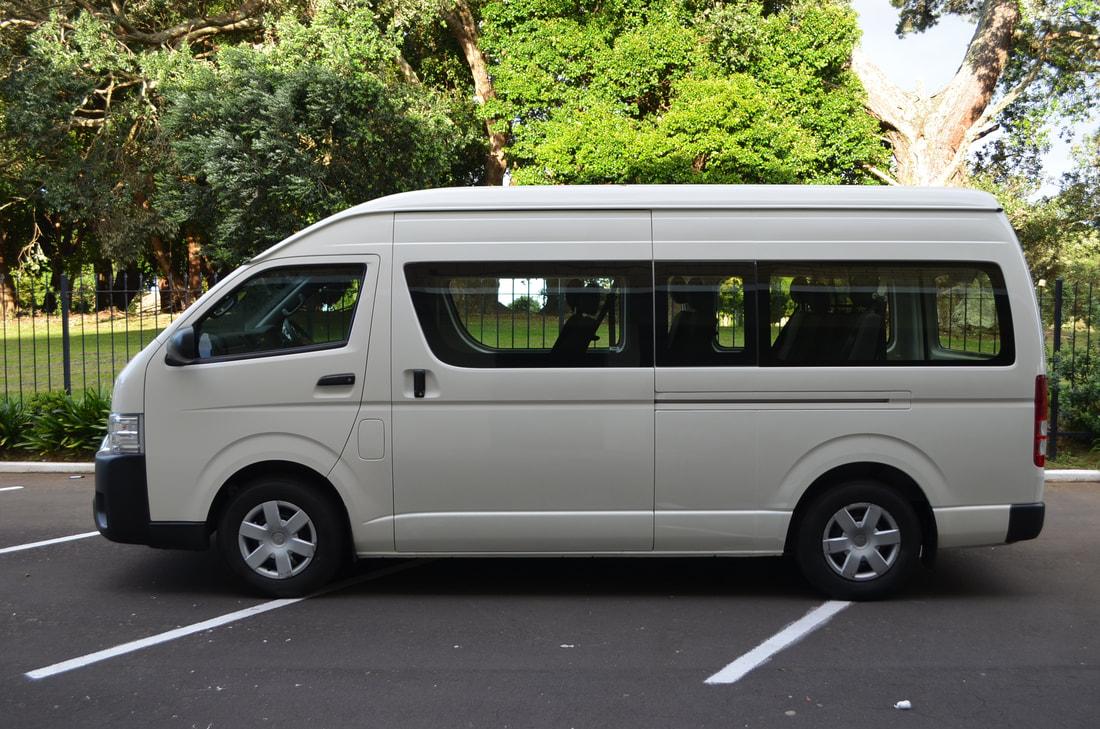 Tangguh Luar-Dalam - 5 Alasan Menggunakan Hiace Commuter untuk Pergi Bersama Rombongan