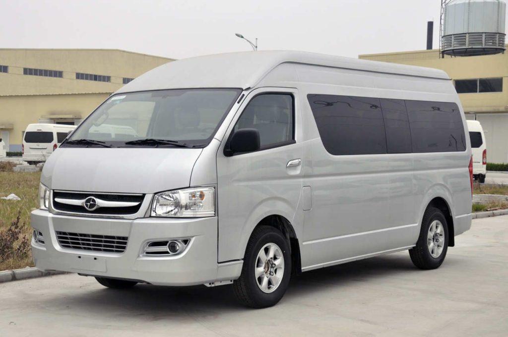 Mengintip Harga Rental Toyota Hiace di Daerah Jakarta