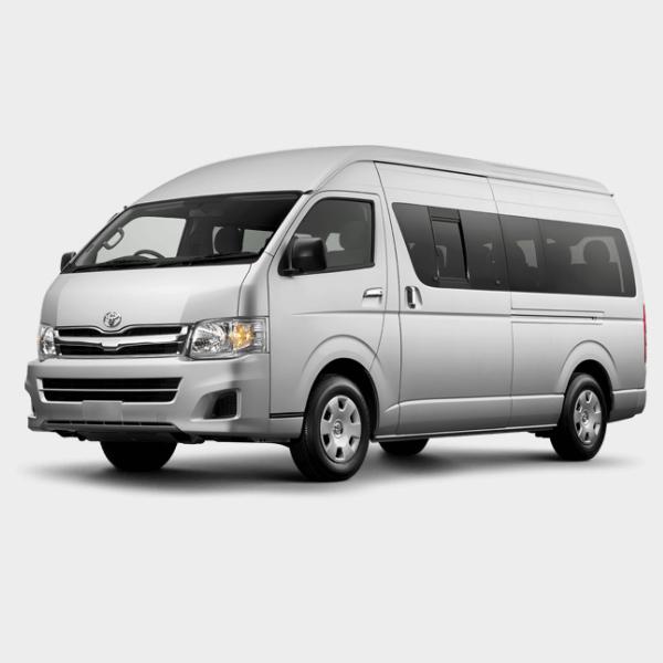 Lebih Mewah dan Luas dengan Toyota Hiace Luxury - Tak Percaya Kalau Harga Sewa Mobil Hiace Murah? Bisa Muat 16 Orang!
