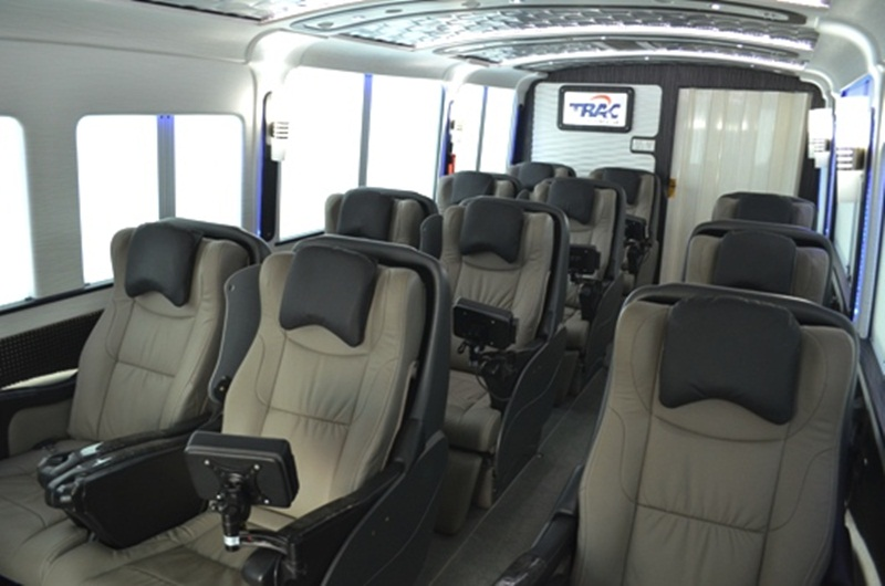 Mengapa Harus Sewa Bus Luxury - Panduan Lengkap Sewa Bus Luxury untuk Kenyamanan Perjalanan Anda