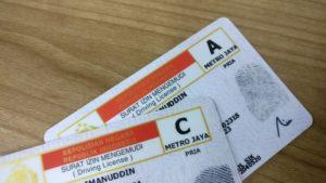 Bawa Surat-Surat atau Dokumen Resmi yang Diperlukan - Yuk Sewa Hiace Murah di Jakarta Supaya Kegiatan Tamasya Anda Asyik dan Nyaman