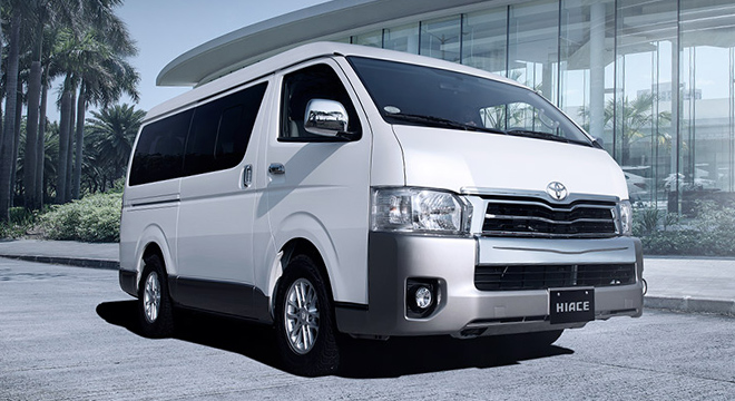 Keunggulan Toyota Hiace - Mengenal Toyota Hiace Commuter VIP 9 Seats, Kendaraan Travel VVIP