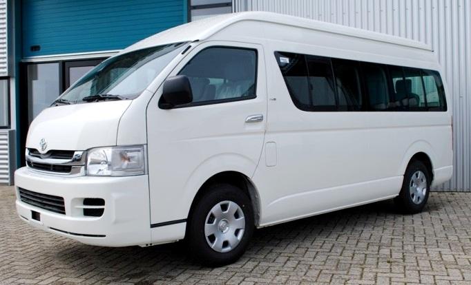 Mengenal Toyota Hiace Commuter, Kendaraan Travel VVIP