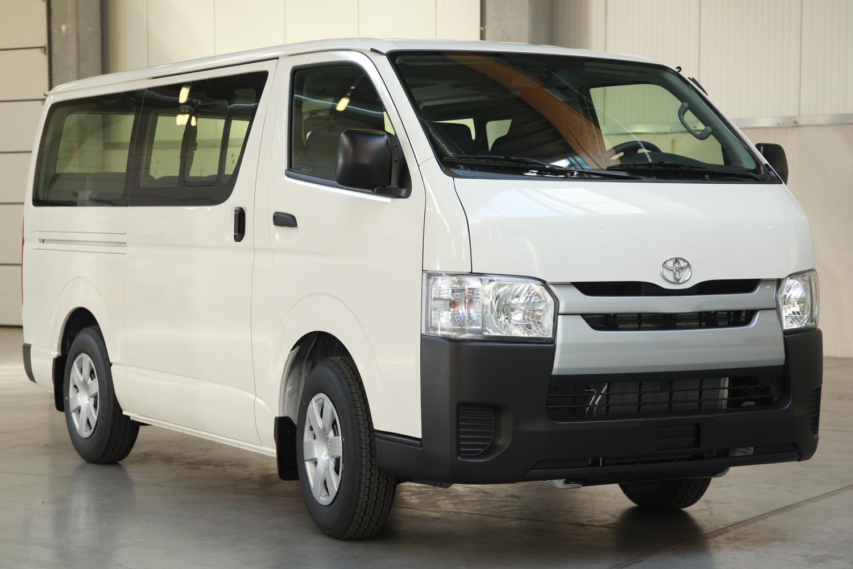 Tentang Toyota Hiace - Mengenal Toyota Hiace Commuter VIP 9 Seats, Kendaraan Travel VVIP