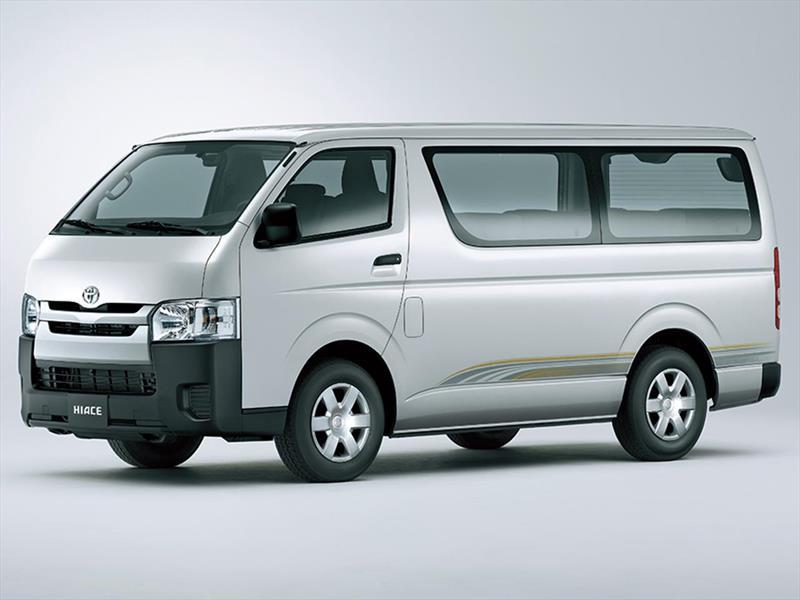 Toyota Hiace, Pilihan Terbaik untuk Perjalanan Rombongan dan Keluarga