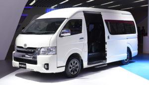 Mobil Hiace Luxury