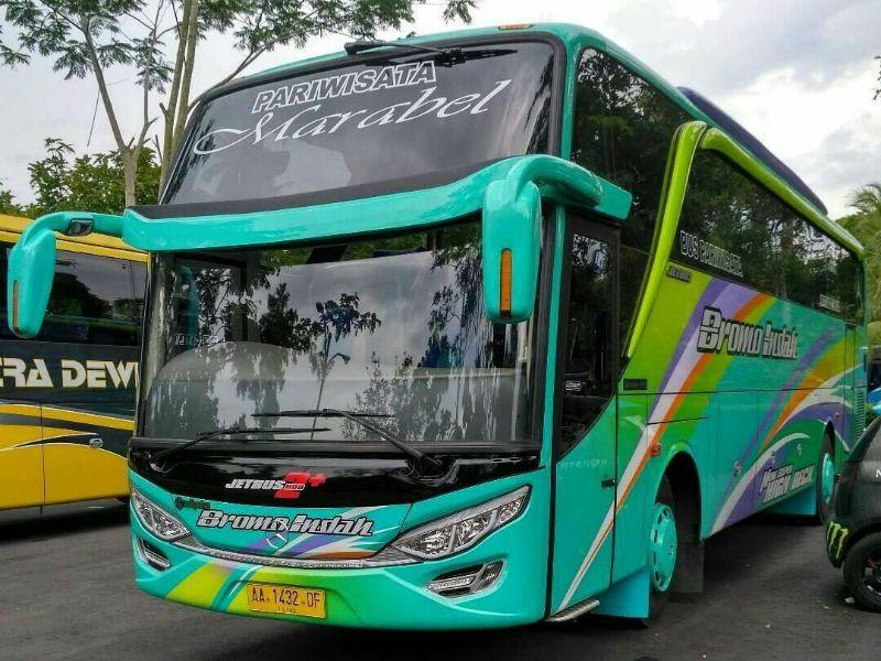Bus Bromo Indah