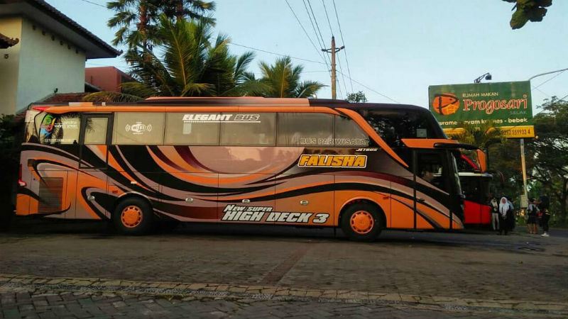 Bus FALISHA TRANS