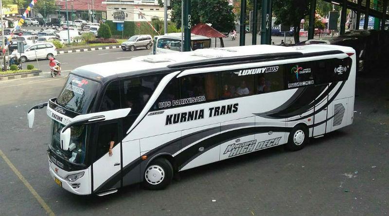 Bus Kurnia Trans