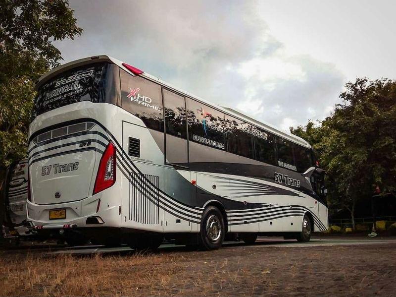 Sewa Bus Pariwisata Grobogan - Bus 57 Trans