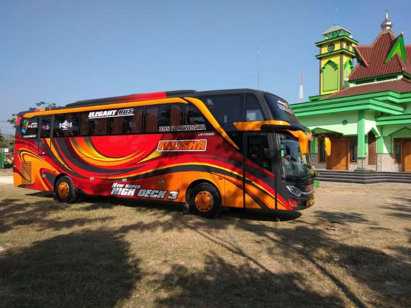 Sewa Bus Pariwisata Kudus - Bus FALISHA TRANS