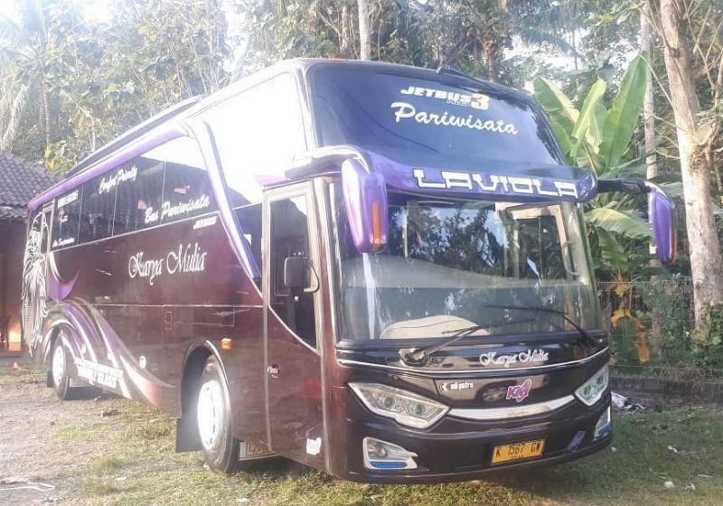 Sewa Bus Pariwisata Semarang - Bus KARYA MULIA