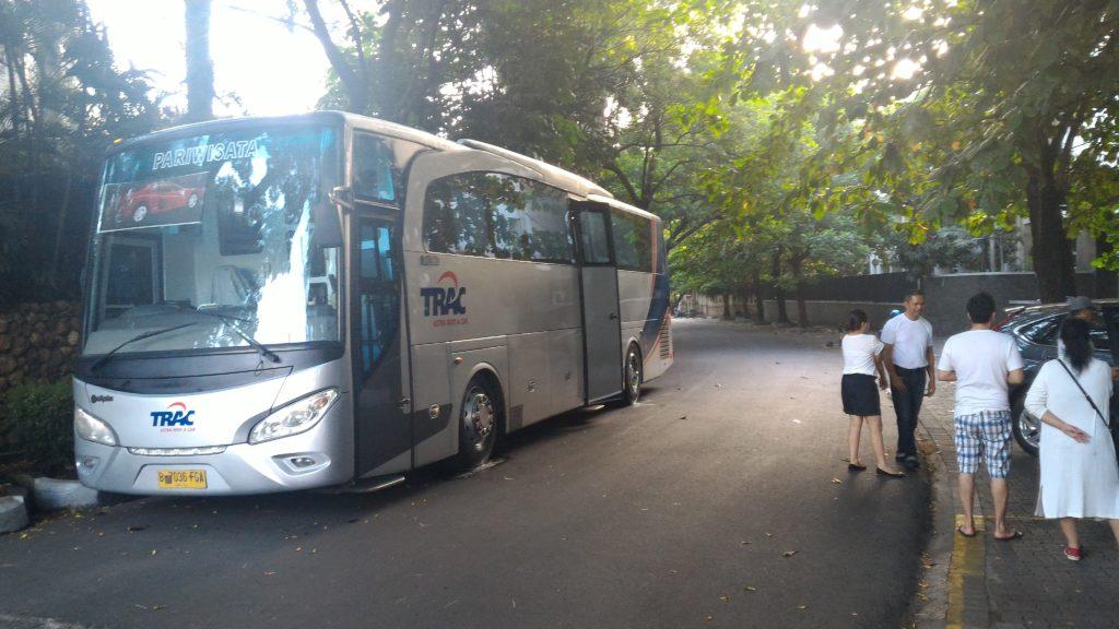 5 Tips Memilih Jasa Sewa Bus Mewah Jakarta 1