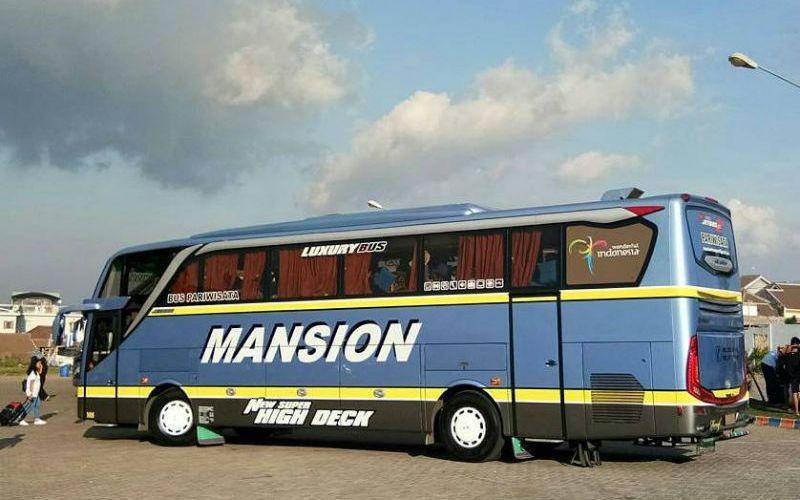 Bus MANSION