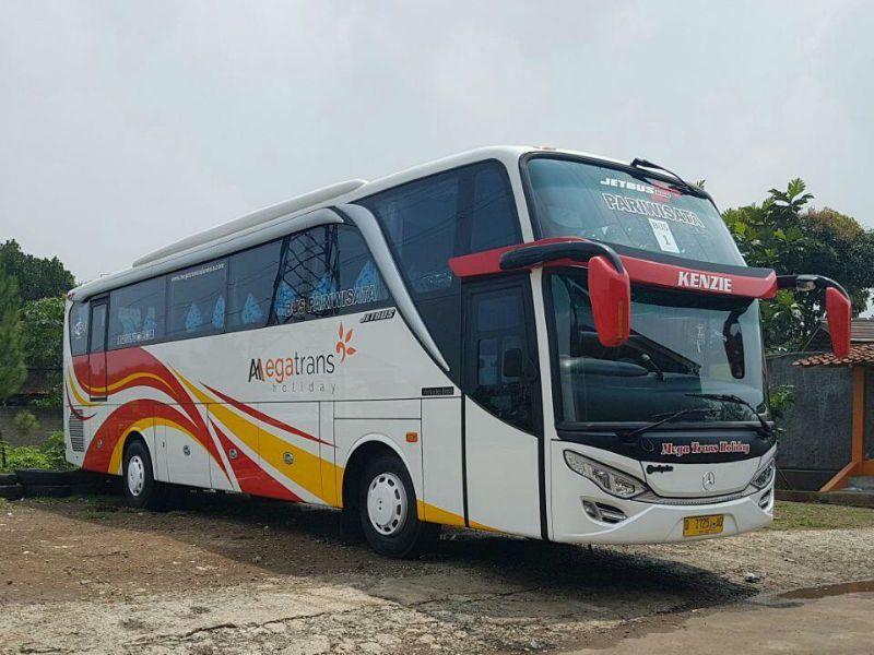Bus Malang - Bus Megatrans