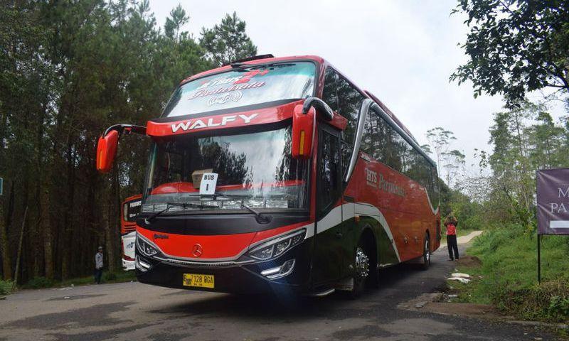 Sewa Bus Bandung - Bus HTS Holidays