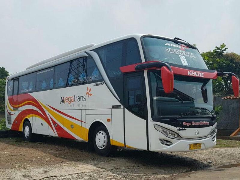 Sewa Bus Bandung - Bus Mega Trans Holiday