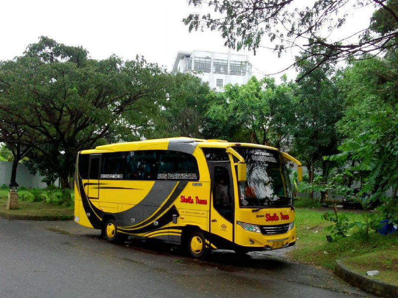 Sewa Bus Malang - Bus Sheila Trans