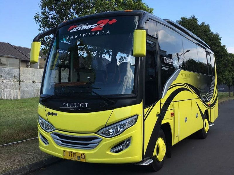Sewa Bus Medium Bandung - Patriot
