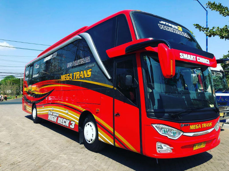 Sewa Bus Pariwisata Malang - Bus Megatrans