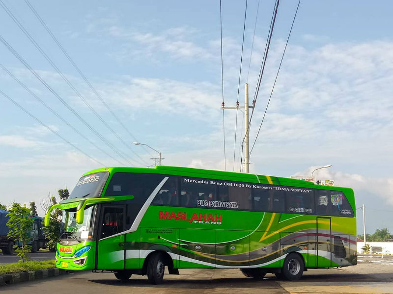 Sewa Bus Pariwisata Pasuruan - Maslahah Trans