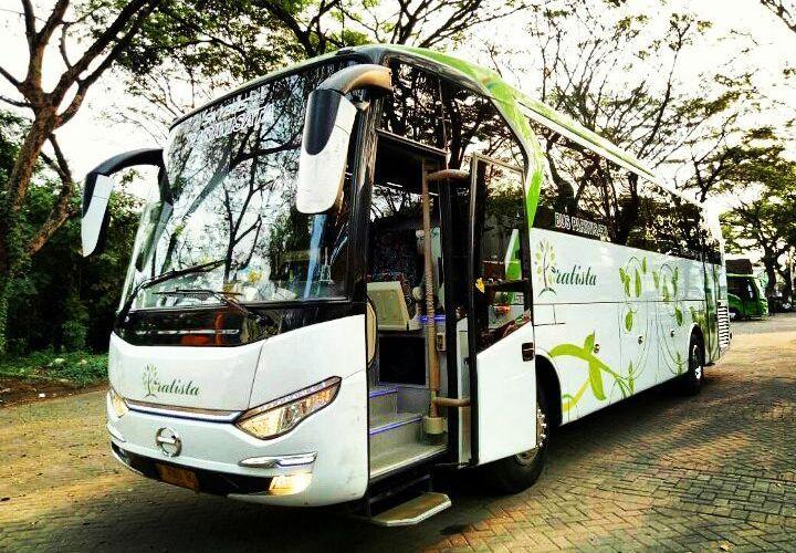 Sewa Bus Pariwisata di Sidoarjo - Bus Pratista