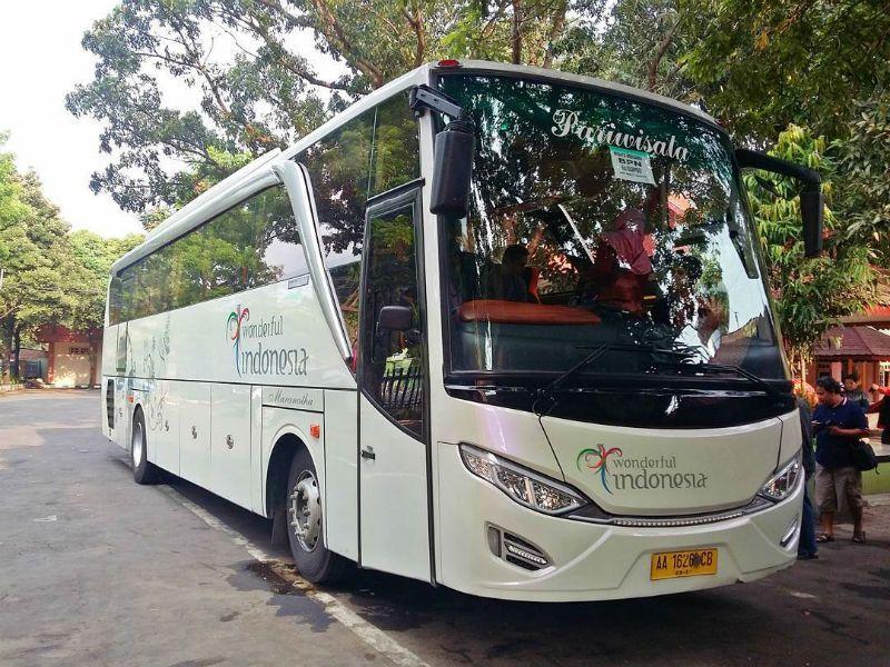 Sewa Bus di Magelang - Bus Maranatha