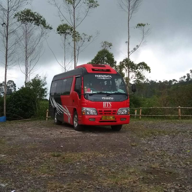 Sewa Elf Bandung - Bus HTS Holidays