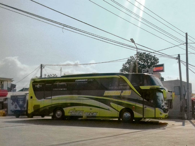 Bus Pariwisata - Anugrah Jaya