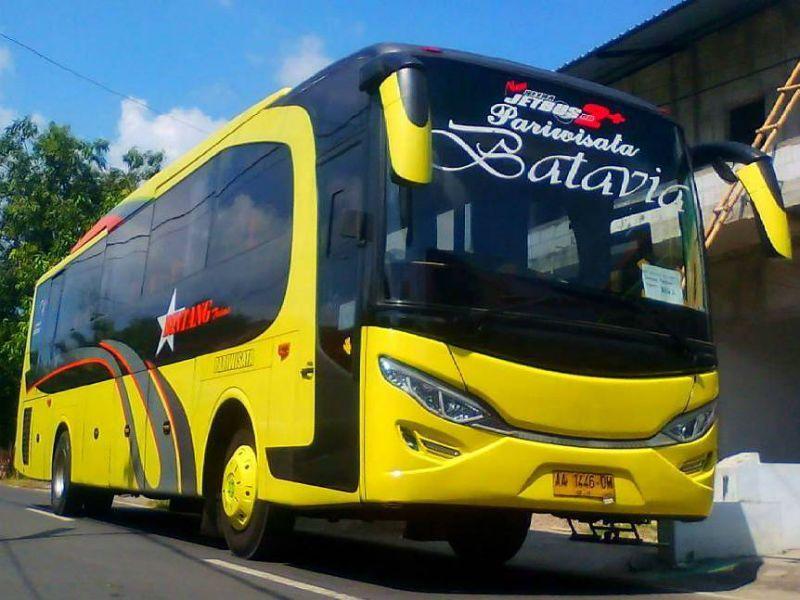 Bus Pariwisata Ngawi - Bintang Trans