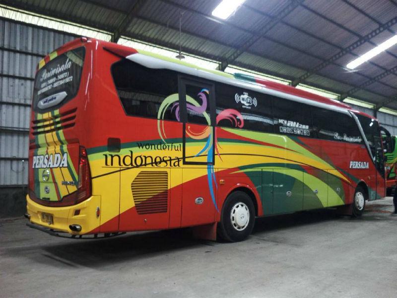 Bus Pariwisata Ngawi - Persada
