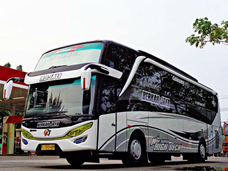 Sewa Bus Gresik - Berkah Jaya
