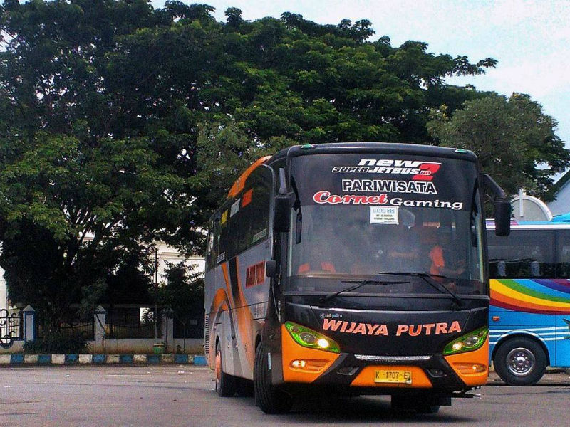 Sewa Bus Malang - Wijaya Putra