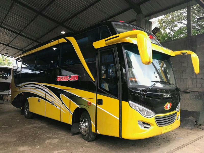 Sewa Bus Medium Sidoarjo - Solaris Jaya