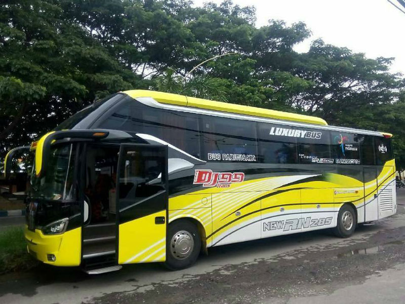 Sewa Bus Pariwisata - DJ 99 Trans