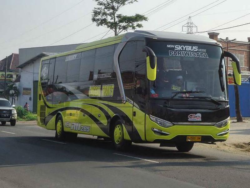 Sewa Bus Pariwisata - Enggal Trans Jaya