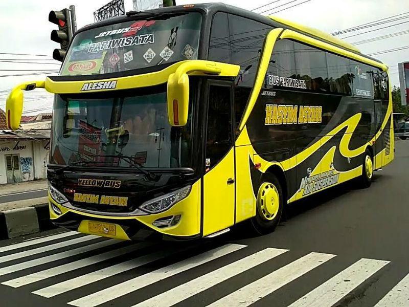 Sewa Bus Pariwisata Sidoarjo - Hasyim Asyari