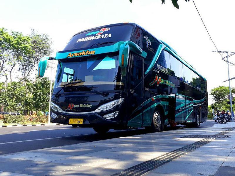 Sewa Bus Pariwisata Sidoarjo - Marc Holiday