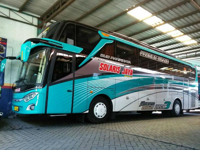 Sewa Bus Pariwisata Sidoarjo - Solaris Jaya