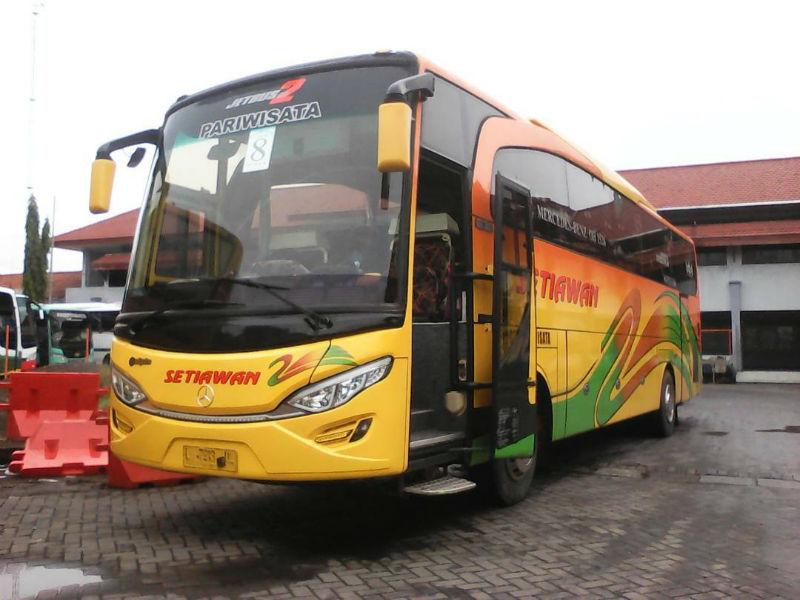 Sewa Bus Pariwisata Surabaya - Setiawan