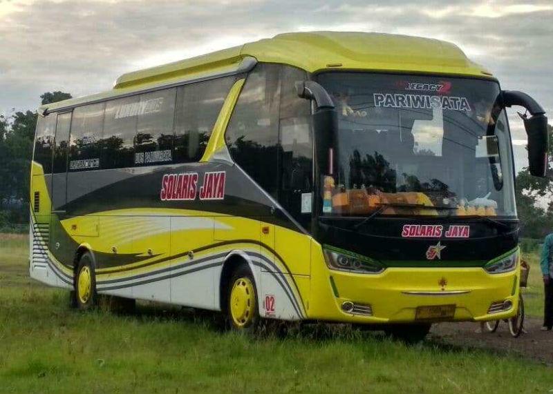 Sewa Bus Pariwisata Surabaya - Solaris Jaya