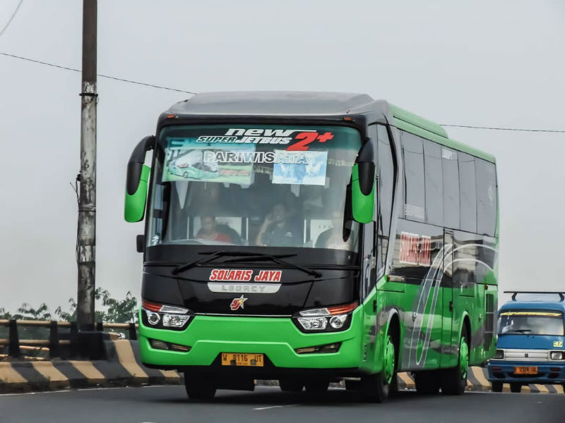 Sewa Bus Sidoarjo - Solaris Jaya