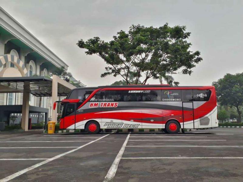 Sewa Bus di Sidoarjo - HM Trans