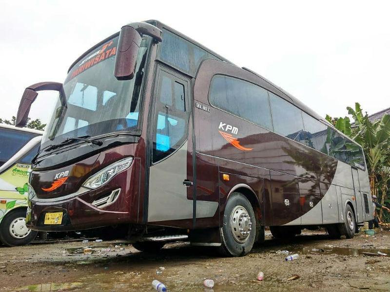 Bus Pariwisata Bandung - KPM Trans