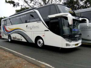 Bus Pariwisata - Gagak Rimang